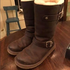 [UGG Australia] Leather & Shearling Boots - Size 6